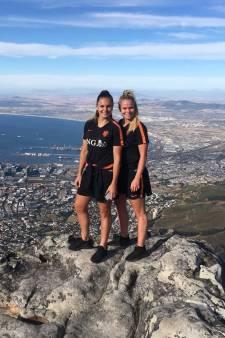 Oranje Leeuwinnen en Verhaar in Kaapstad
