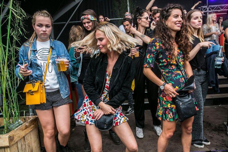 Wie durft er een dansje te wagen op Nomads festival? Beeld Amaury Miller