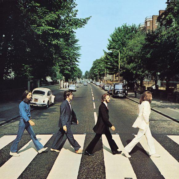 George, Paul, Ringo en John op de beroemde cover van hun album 'Abbey Road'.