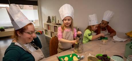 Kinderen mogen alles zelfs doen bij de Kinderkookschool in Vlaardingen