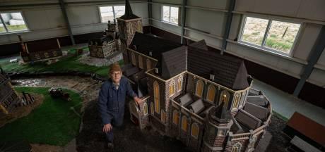 Bovenkerk van Joop Koers staat op zijn plek op Kampereiland