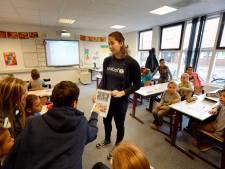 Duizenden leerlingen in Vlaardingen langer in warme en muffe lokalen