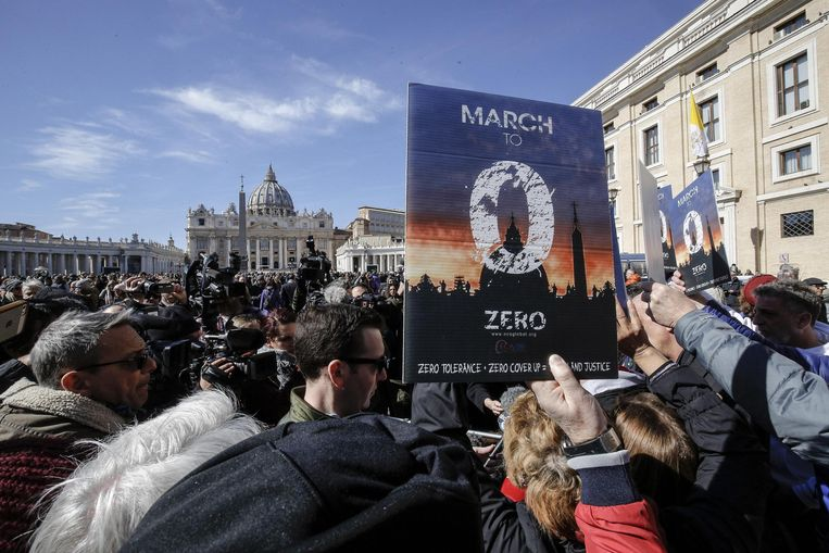 Protest tegen het seksueel misbruik in de katholieke kerk. Beeld EPA