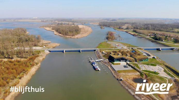 Riveer brengt de thuiszitters op mooie plekken in de regio, waaronder het Biesbosch Museum Eiland in Werkendam.