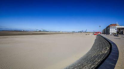 """Het vergeten strand aan de kust wordt plots 'the place to be': """"Zoveel ruimte in Zeebrugge dat social distancing geen probleem is"""""""