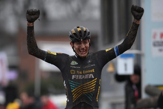 Toon Aerts won het Belgisch kampioenschap veldrijden.