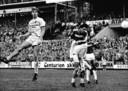 Arnesen kopt naast in zijn tijd als speler van PSV.