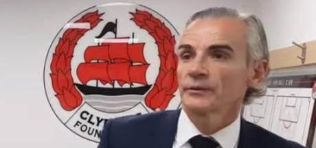 Schotse voetbaltrainer Danny Lennon (50) wisselt zichzelf tijdens bekerwedstrijd