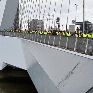 Vooral de oudere autochtone Nederlander trekt een geel hesje aan: 'Ik ben overal tegen'