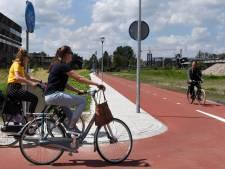 Nieuw fietspad al begaanbaar tussen NS-station en Beneluxlaan in Woerden