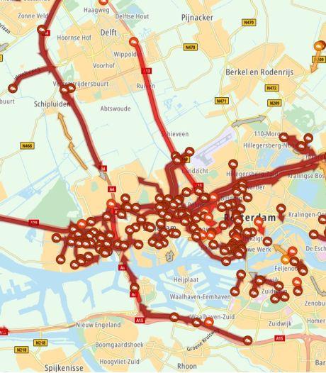 Modderspoor Beneluxtunnel leidt tot files op meerdere plekken rond Rotterdam