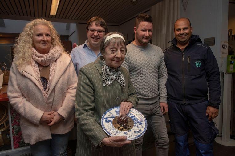 Louki stelde op de Dienst Toerisme in Wetteren haar nieuwste kevertaartjes voor.
