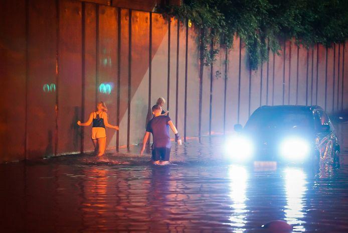 Noodweer trotseren in Eindhoven