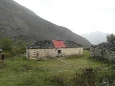 Frustratie bij Albanië-weldoener uit Vriezenveen: 'Zo corrupt als wat daar'
