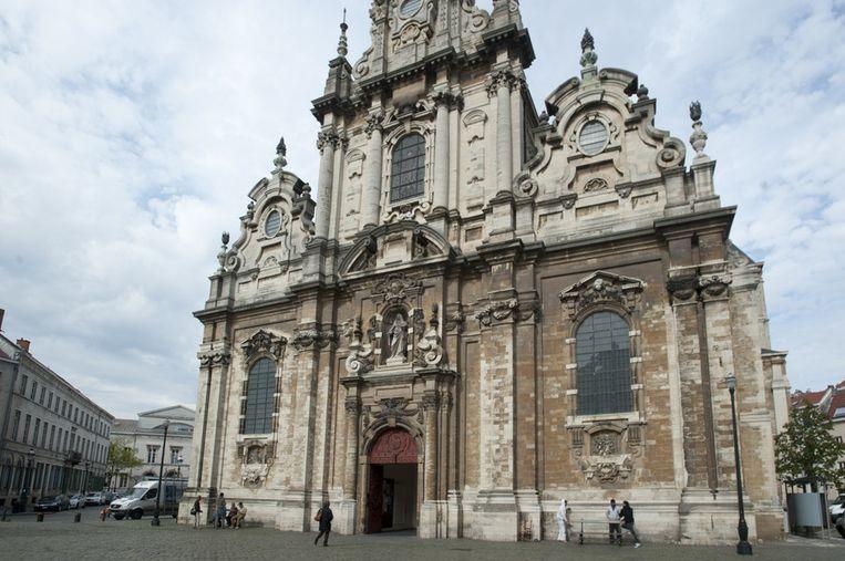De Begijnhofkerk. Jarenlang dé plaats waar priester Alliët armen en vluchtelingen opving.