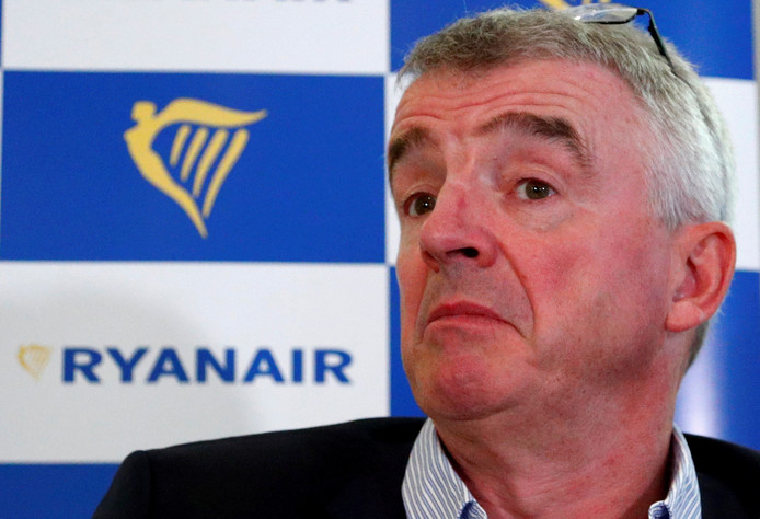 De hoogste baas van Ryanair  Michael O'Leary krijgt te maken met steeds meer piloten die bereid zijn om te staken.