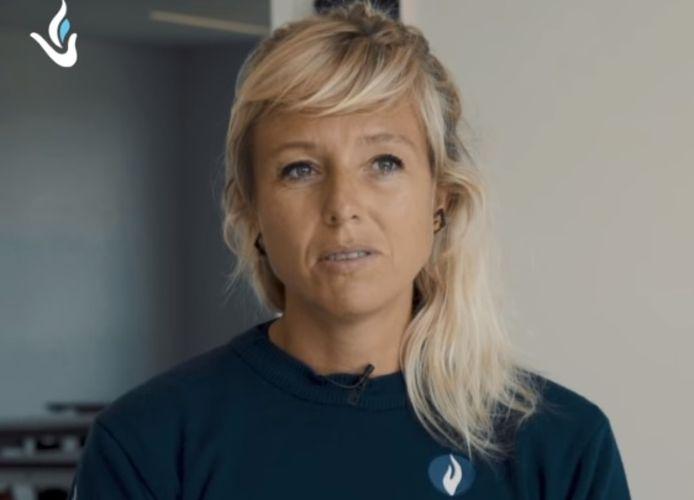 Gael Vandenbussche, politie-inspectrice en docent aan de West-Vlaamse politieschool, getuigt over geweld tegen de politie en de jarenlange perikelen achteraf.
