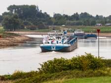 Te weinig asfalt door lage waterstand, Deventer legt werkzaamheden plat