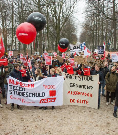 Studenten de straat op om 'onderwijsafbraak'