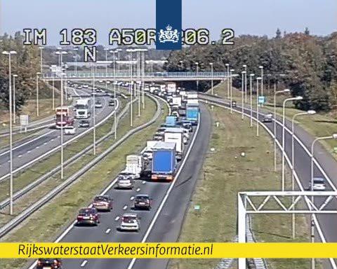 File op de A50 van Apeldoorn naar Zwolle.