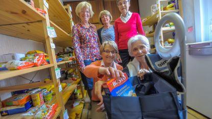 Vzw Twinkeltje zoekt vrijwilligers om mensen in armoede te helpen met voedselpakketten