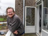 Dankzij Beau van Erven Dorens kreeg dakloze Sjaak een eigen huis: 'Hier kan ik wel 80 worden'