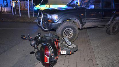 Bromfietser gewond na aanrijding