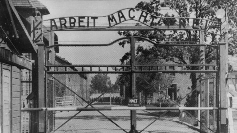 De poort die toegang bood tot concentratiekamp Auschwitz. Beeld AP