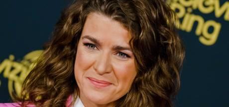 Talkshow Merel Westrik heeft bank: 'Die van Eva en Beau wilde toch niemand hebben'
