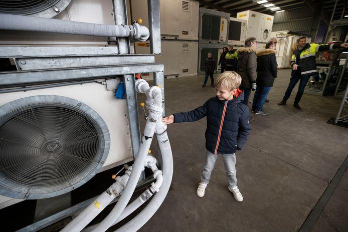 De Open Bedrijvendag trekt ook een jonge bezoeker naar Energyst in Bladel.