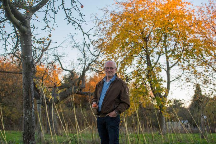 Hans Wijnen beheert een bijzondere boomgaard in Acht.