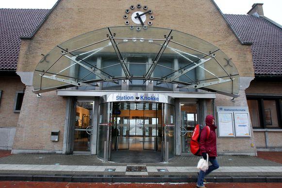 Het ongeval gebeurde ter hoogte van het station van Knokke