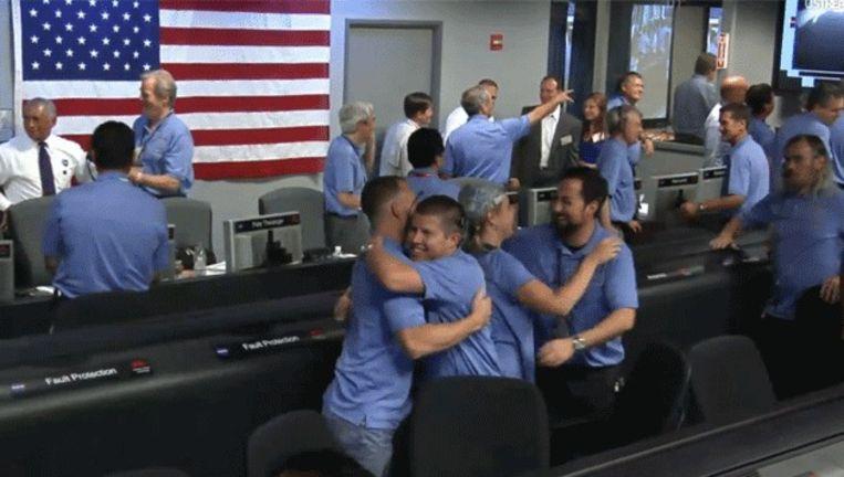 Blijdschap bij Nasa na de landing van Curiosity. Beeld USstream