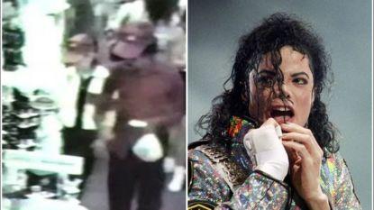 """Michael Jackson shopte wel trouwringen samen met kind, zo blijkt uit beveiligingsbeelden: """"Hij noemde ons een getrouwd koppel"""""""