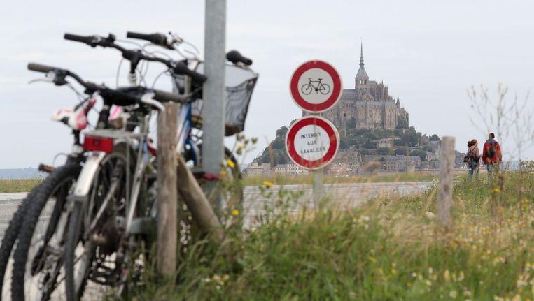 Mont Saint-Michel, de toeristische trekpleister van Normandië, waar de Tour van start gaat Beeld anp