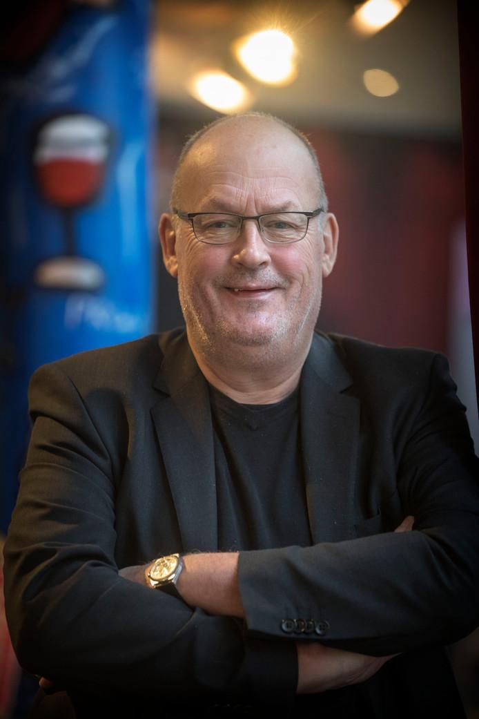 """Paul L'Herminez, de nieuwe directeur van theater De Hofnar in Valkenswaard. ,,Ik heb vroeger ooit in een punkband gezeten."""""""