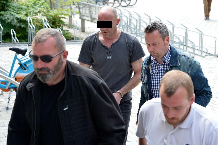 Gino V.C. (achteraan links) bij zijn voorleiding in 2014.