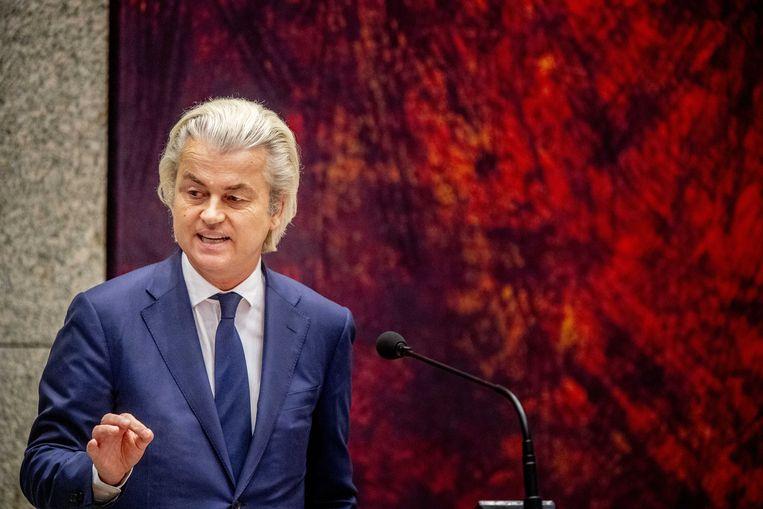"""Geert Wilders tijdens een debat in de Tweede Kamer.  De PVV-voorman liet in maart 2014 zijn aanhangers op televisie roepen dat ze """"minder Marokkanen'' wilden."""
