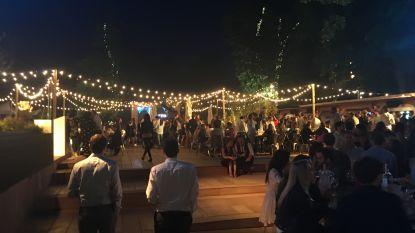 """Buurtbewoners: """"Pop-up bar Terrasse O2 blijft regels aan laars lappen"""""""