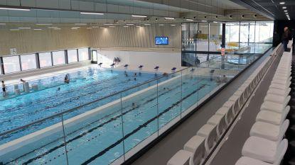 """Moeder mag eigen kind geen zwemles geven in nieuw zwembad: """"Misverstand, maar ouders moeten wel toelating vragen"""""""