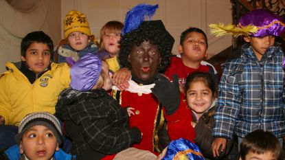 Grappen en grollen met Zwarte Piet in de bib