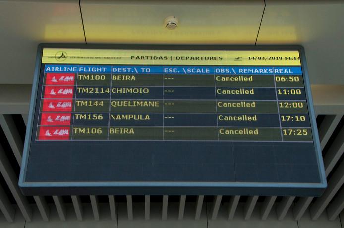 In Mozambique werden alle binnenlandse vluchten gecancelled.