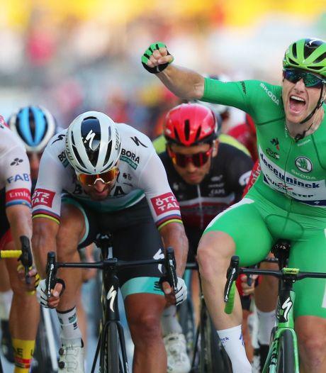 Les Champs Elysées et le maillot vert pour Sam Bennett, la Grande Boucle pour Tadej Pogacar