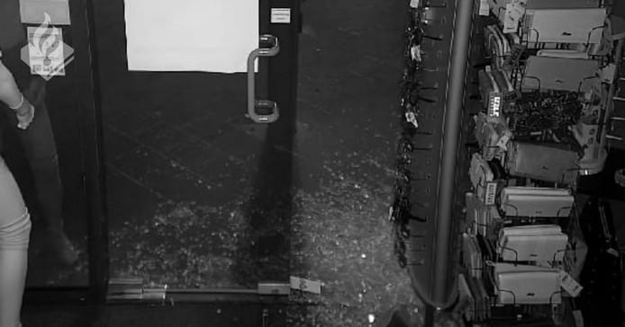 Camerabeelden van de inbraak.
