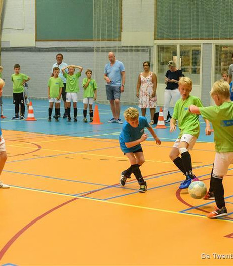 Tropisch weekje in Borne: streetsoccer wordt zaalvoetbal