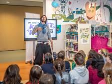 Blauwe ballon opent de Kinderkunstweek