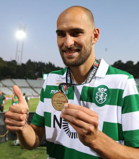 Dost eindigt seizoen in stijl: 'Mijn minste jaar bij Sporting, maar wel twee prijzen'