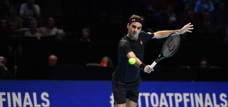 Federer verslaat Djokovic voor plek in halve finale ATP Finals
