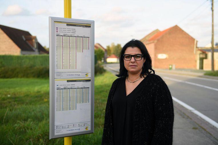 Karima Daoura is niet te spreken over wat een buschauffeur van De Lijn haar zoon heeft aangedaan.