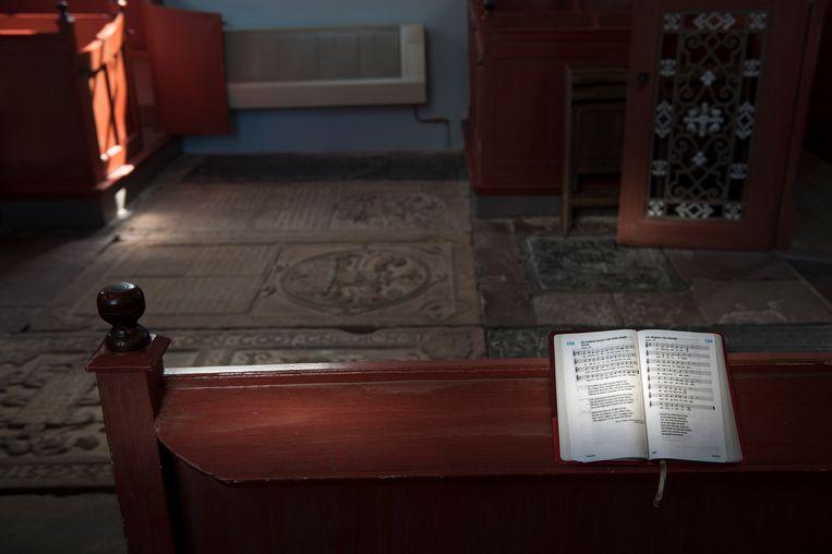 Psalmenboek in de Jacobuskerk in Feerwerd (Gr). Beeld reyer boxem